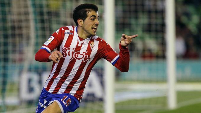 Carlos Castro en un partido con el Sporting en 2016