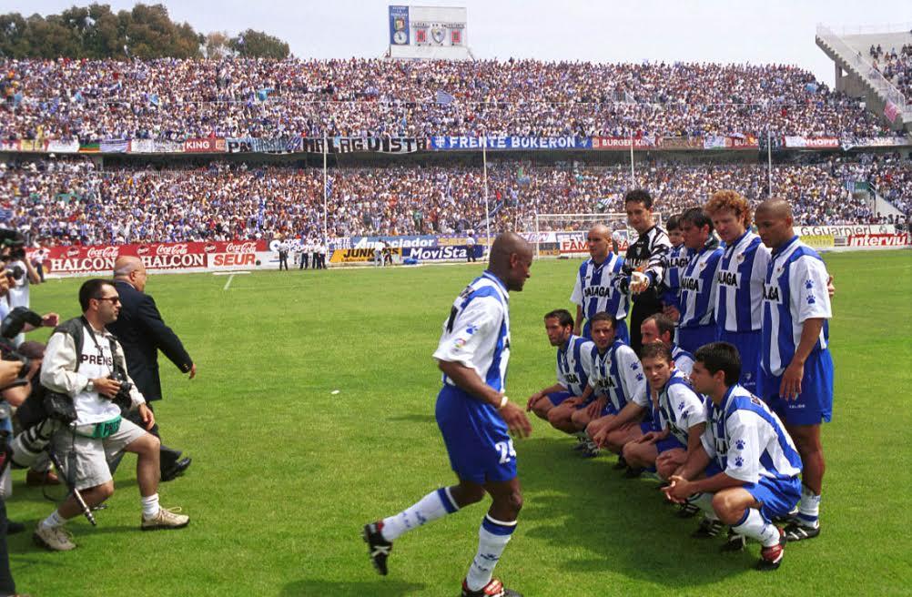 Once malaguista en el Málaga - Albacete del ascenso a primera de 1999: Foto El Desmarque