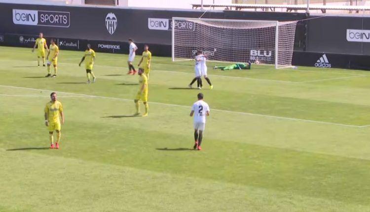 Ocasión de peligro en el Valencia Mestalla - SD Ejea de la pasada jornada
