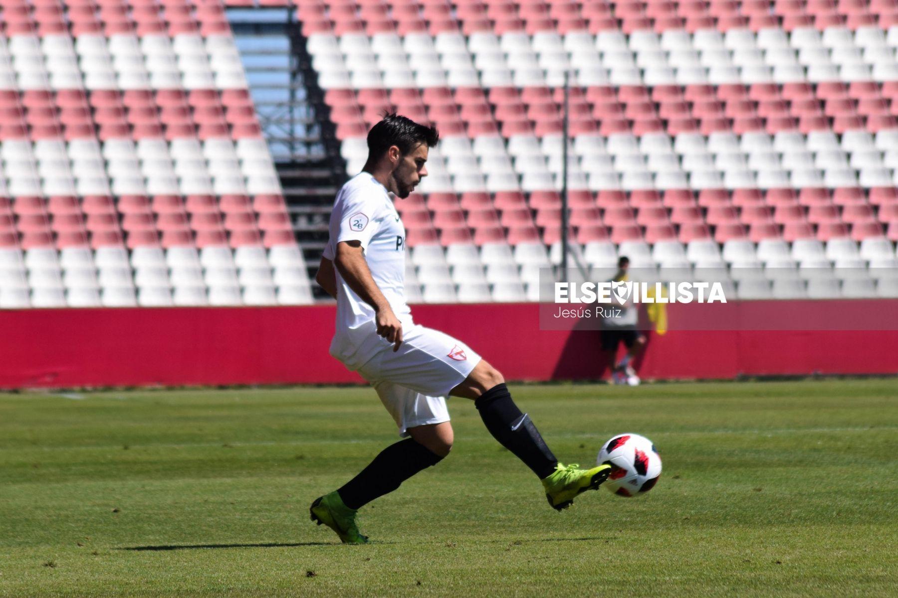 Miguel Ángel Cera en un encuentro con el Sevilla Atlético (Foto; Jesús Ruiz)