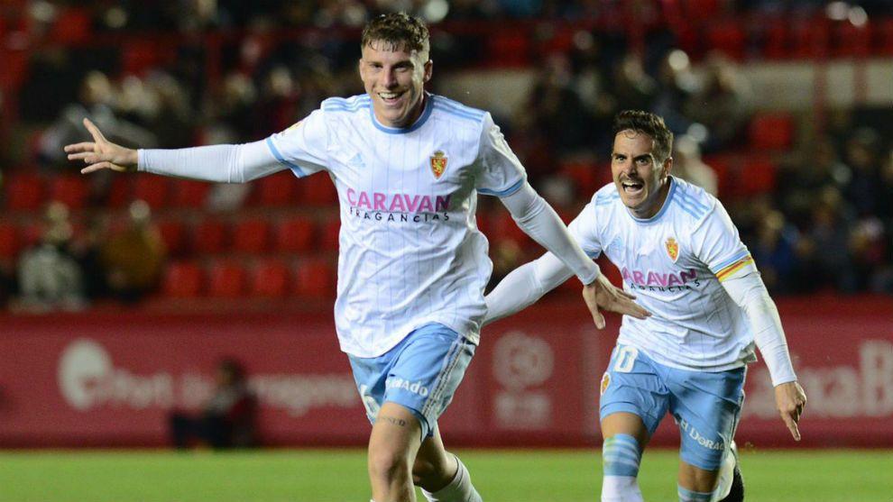 Pep Biel celebra un gol con el Real Zaragoza