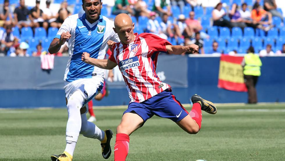 Víctor Mollejo en un partido con el Atlético de Madrid