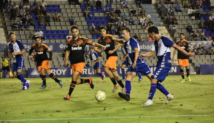 Lance del juego Sabadell - Valencia Mestalla de la pasada jornada