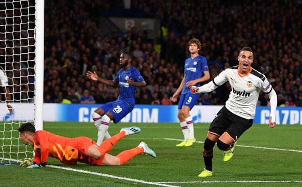 Rodrigo celebrando su gol en Stamford Bridge esta temporada