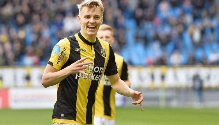 Ødegaard celebra uno de sus goles con el Vitesse. (Eredivisie)