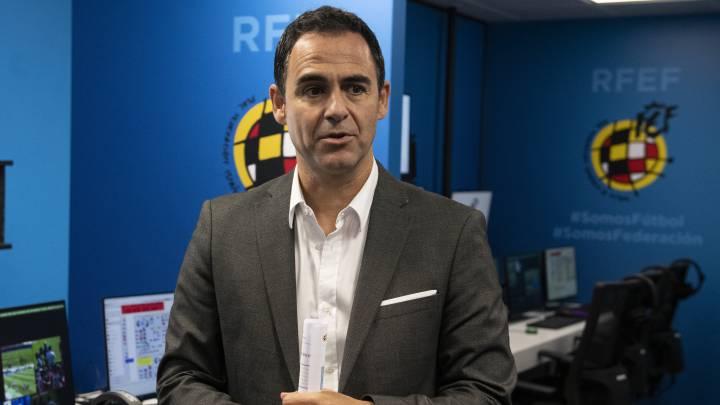 Velasco Carballo presenta las nuevas instalaciones de control del VAR
