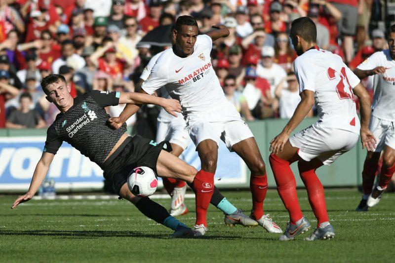 Fernando Reges en la pretemporada frente al Liverpool