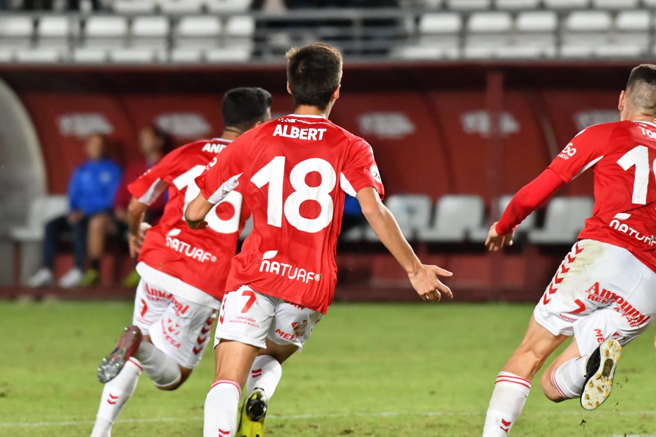 Andy y el Real Murcia celebran el gol que supuso el 1-0