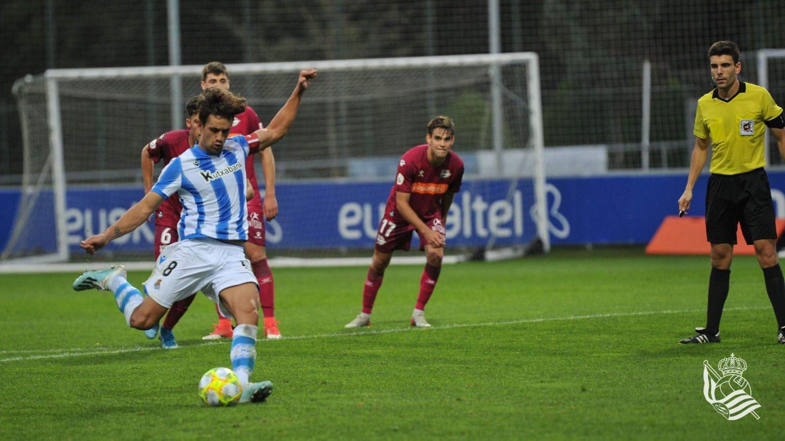 Gorostidi cerró el partido con el 2-0 desde el punto de penalti