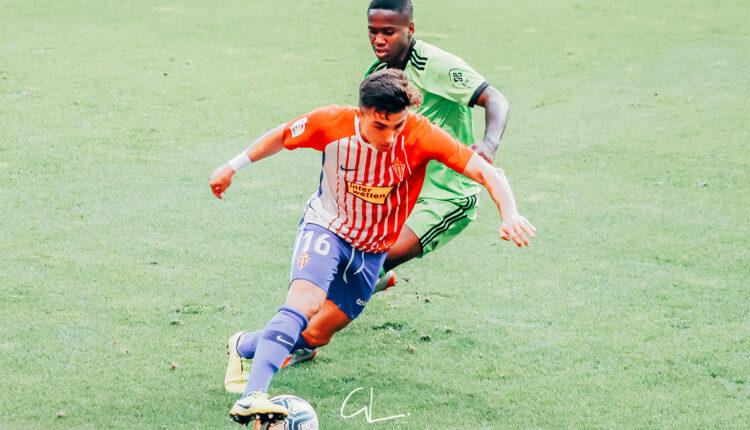 Manu García en el partido contra el Almería