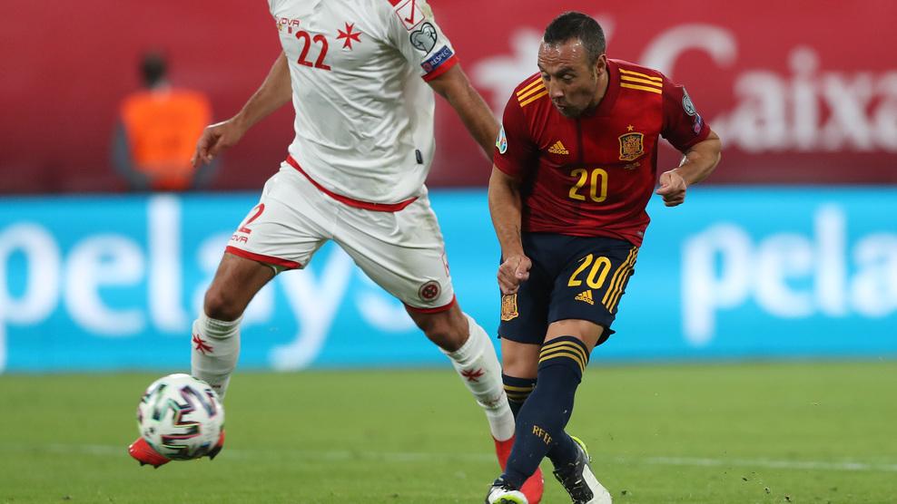 Así finalizaba Cazorla la acción del 2-0 de España frente a Malta