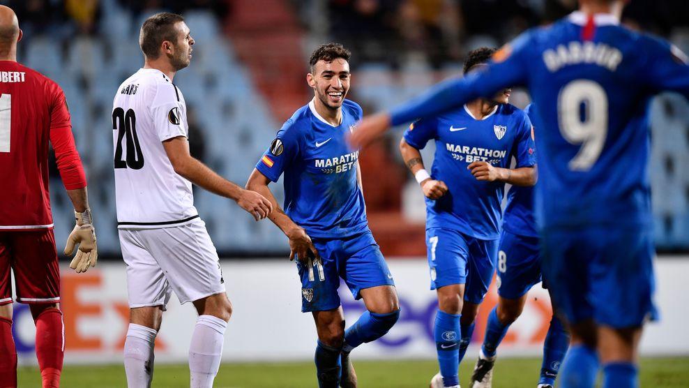 Munir celebra el 0-3 en el partido en el Jozy barthel luxemburgués