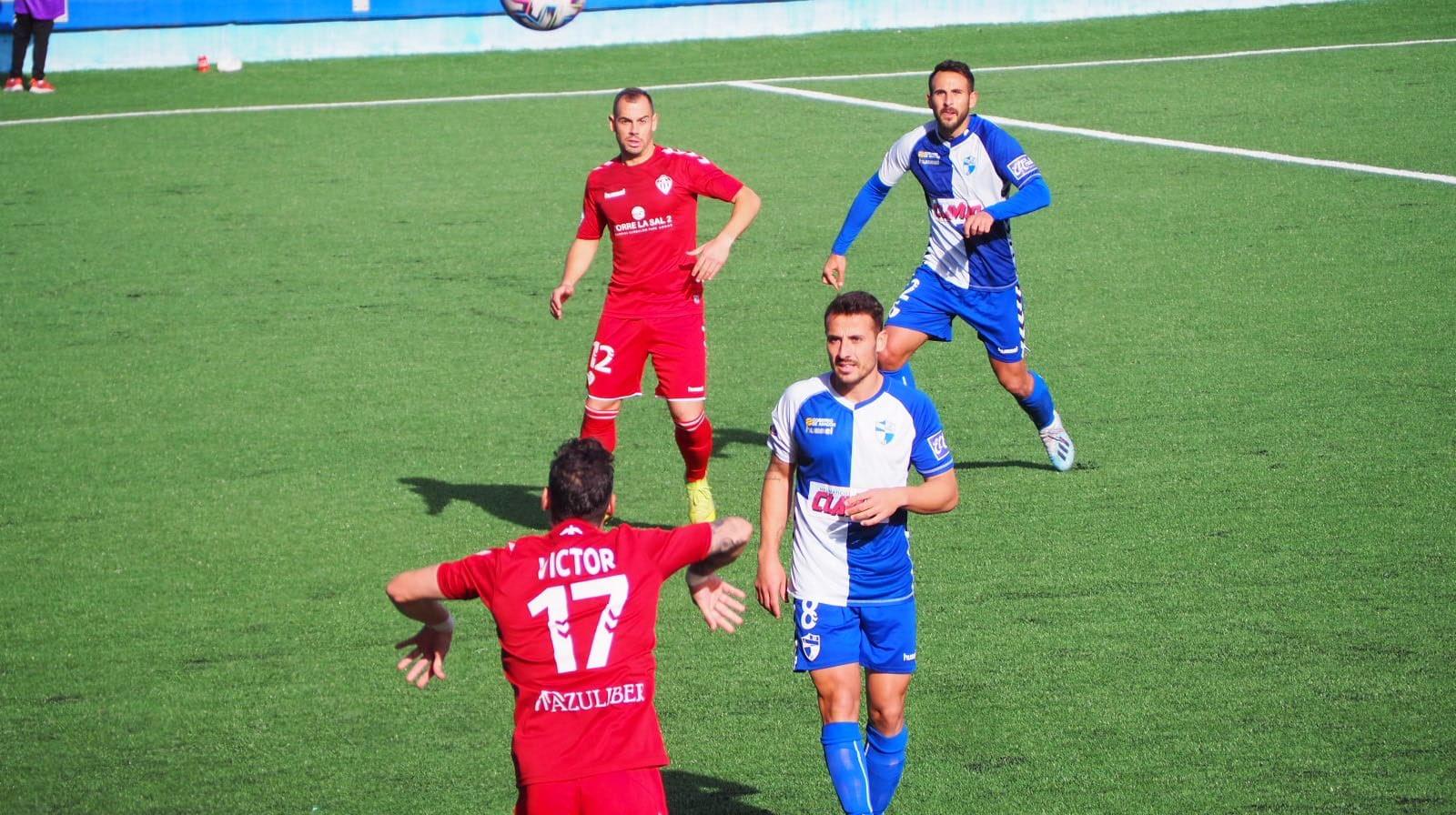 Lance del partido en el Pedro Sancho
