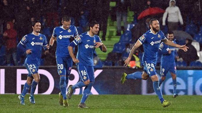 Jugadores del Getafe celebran un gol frente al Levante
