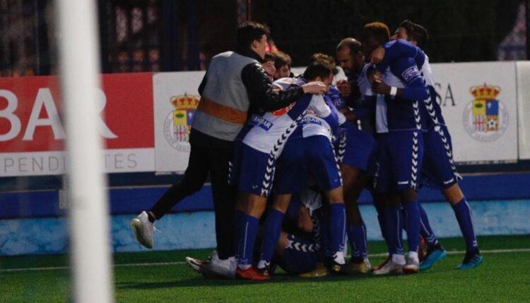 Celebración del gol del Ebro