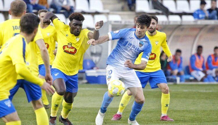 Lance del encuentro entre Lleida y Ejea de la pasada jornada