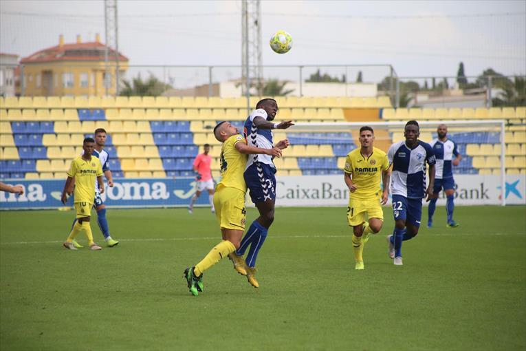 Imagen del partido de ida entre el Villarreal y el Ebro