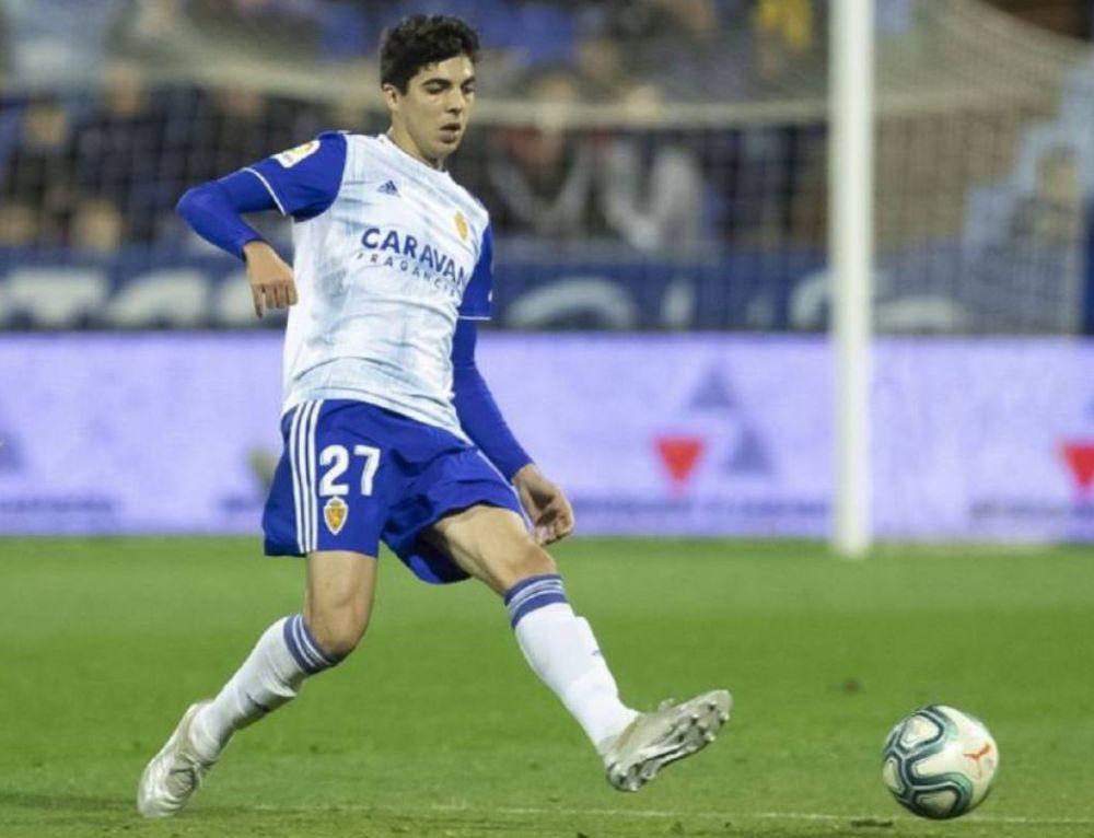 Enrique Clemente en un partido con el Real Zaragoza
