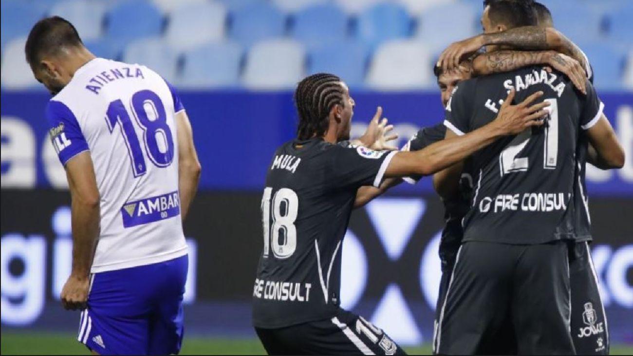 Alcorcón celebra gol en La Romareda