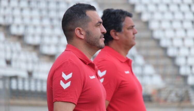 Adrián Hernández y Julio Algar, en el anuncio de su renovación