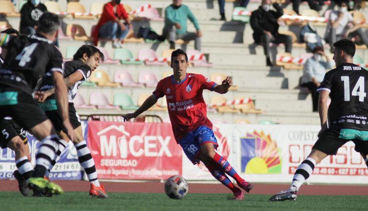 Rayco (Calahorra)en un lance del juego (Haro-Calahorra)de la pasada jornada