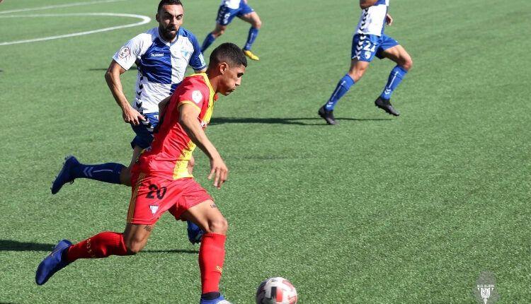 Lance del juego entre Ebro y Ejea.