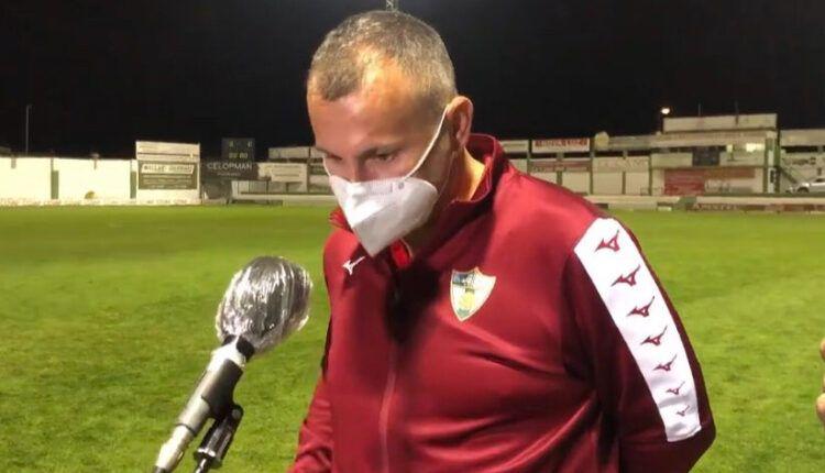 Javi Moreno entrevistado después de un encuentro del CD Pozoblanco