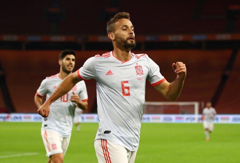 Sergio Canales marca su primer gol con la camiseta de la Roja| F: La Razón