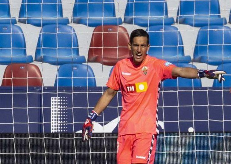 Edgar Badía en el partido frente al Levante
