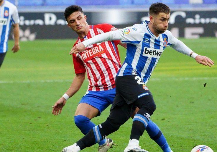Manu García con Embarba en un Espanyol - Sporting