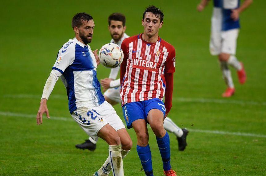 Pedro Díaz en el partido con el Sabadell