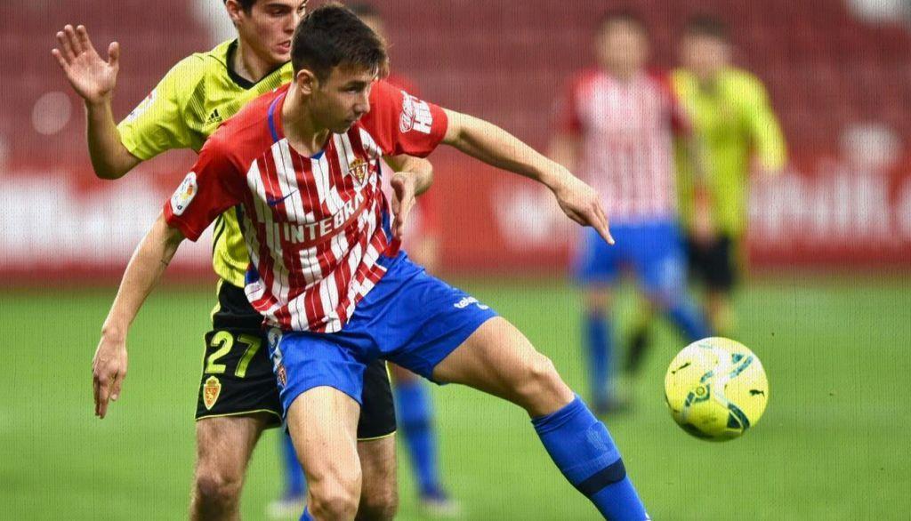 Saúl García quiere quedarse en Gijón