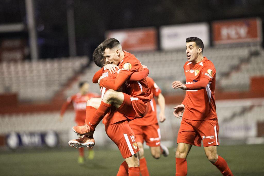 Los jugadores del Terrassa celebra el 1-0 ante el Valencia
