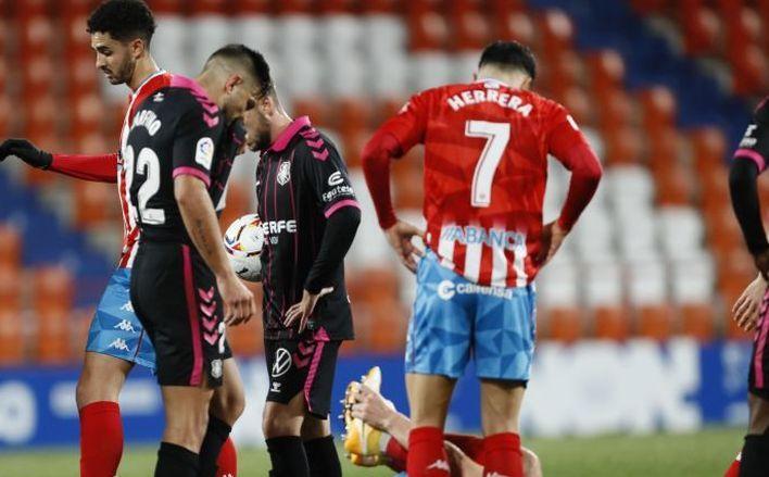 Cristian Herrera en un partido contra el CD Tenerife