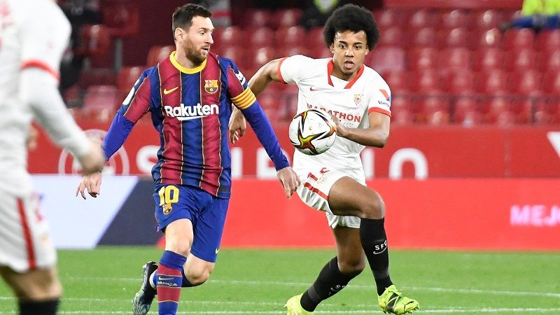 En Inglaterra insisten con Koundé y el Sevilla se harta