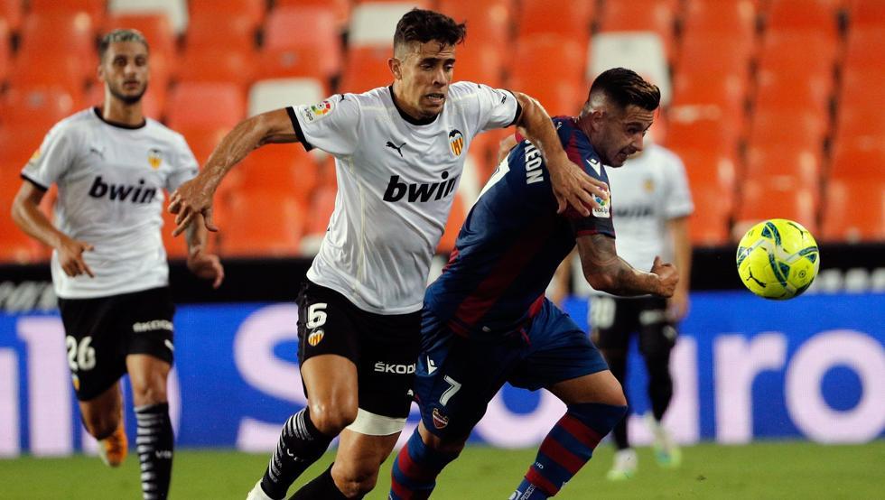 El partido de la primera vuelta acabó 4-2 con victoria valencianista| F: Mundo Deportivo