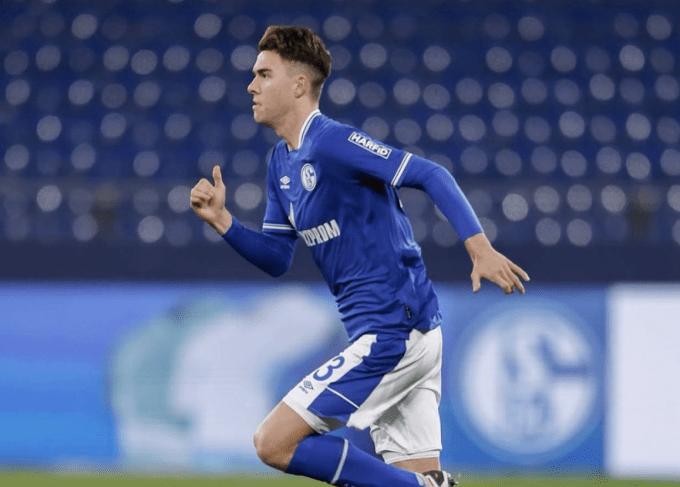Matthew Hope en el Schalke 04