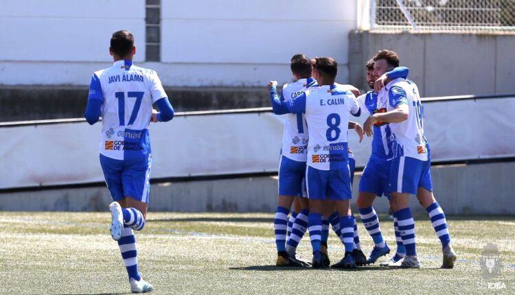 La SD Ejea celebra un gol la pasada jornada ante el Barakaldo