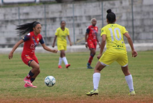 ESPUCE 3-2 El Nacional