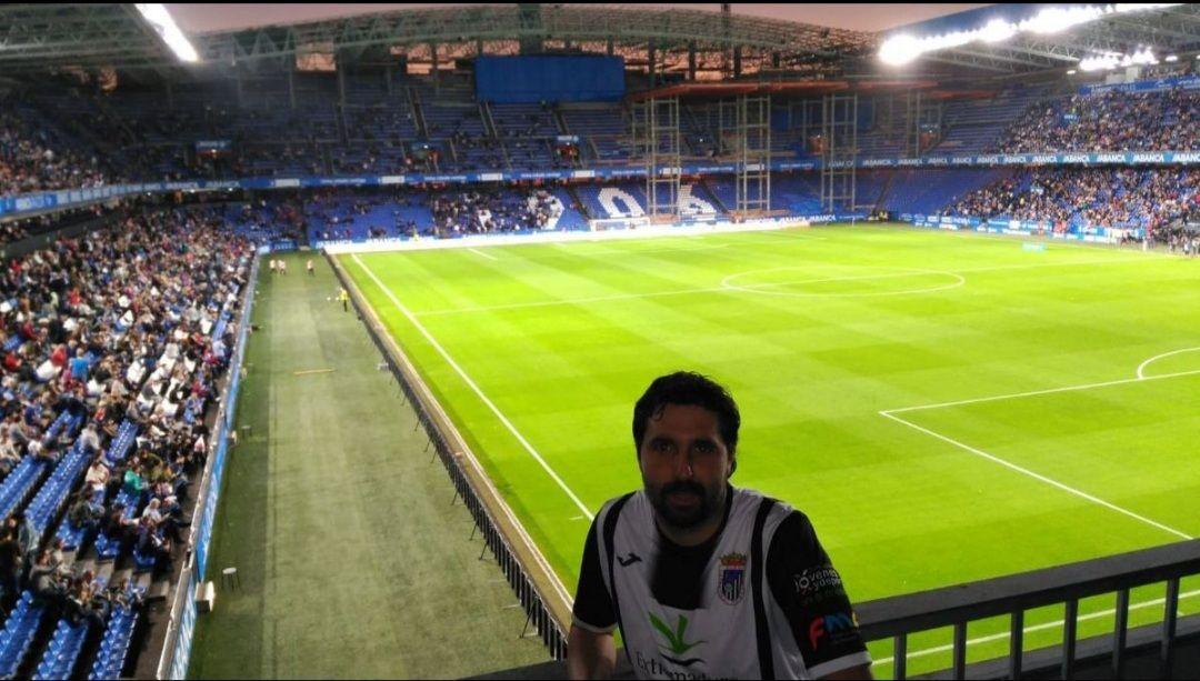Gonzalo Deus, seguidor de Depor y Badajoz. Foto: CD Badajoz